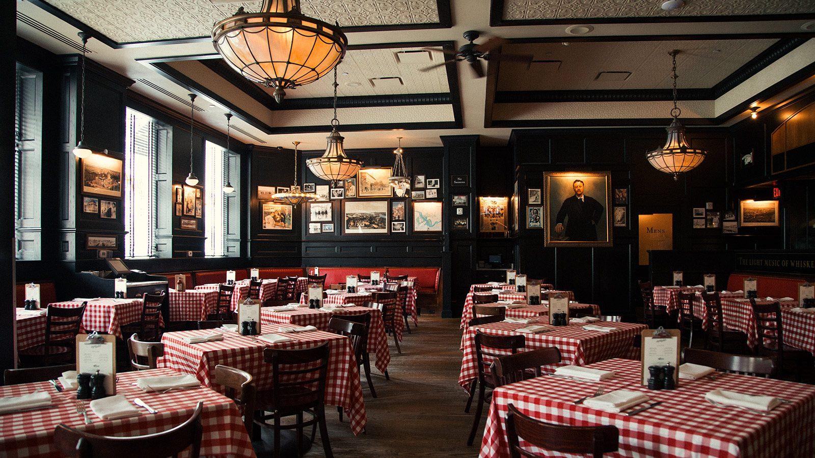 pj clarkes restaurant and bar washington dc pj